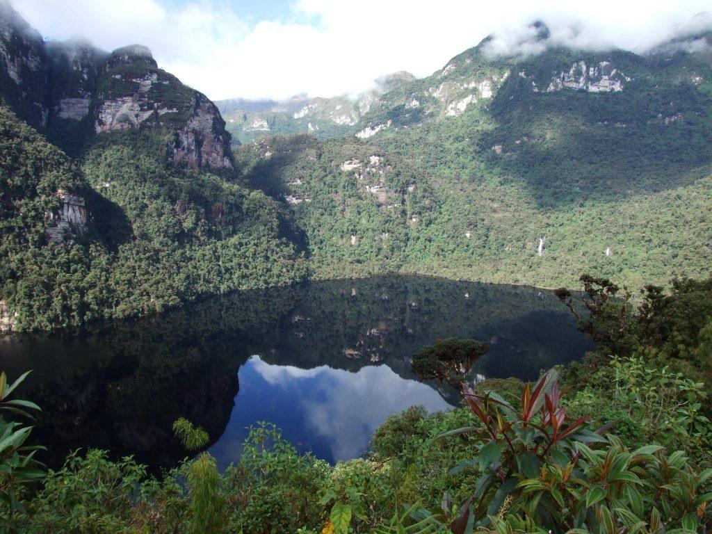 Laguna de Los Condores - Leymebamba - Peru